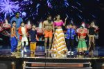 Baba Ramdev on the sets of Super Dancer on 16th Oct 2016 (9)_5804be3de4eb8.JPG