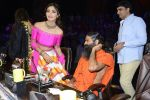 Baba Ramdev, Shilpa Shetty on the sets of Super Dancer on 16th Oct 2016 (97)_5804bf0f6cc53.JPG