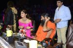 Baba Ramdev, Shilpa Shetty on the sets of Super Dancer on 16th Oct 2016 (99)_5804bf1002f86.JPG