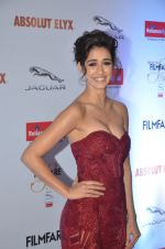 Disha Patani at Filmfare Glamour & Style Awards 2016 in Mumbai on 15th Oct 2016 (1574)_5804d839d0594.JPG