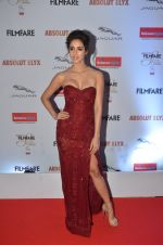 Disha Patani at Filmfare Glamour & Style Awards 2016 in Mumbai on 15th Oct 2016 (1585)_5804d8455a160.JPG