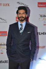 Harshvardhan Kapoor at Filmfare Glamour & Style Awards 2016 in Mumbai on 15th Oct 2016 (1200)_5804d8a9127d2.JPG