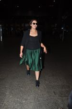 Huma Qureshi snapped at airport on 16th Oct 2016 (12)_5804b9c74d944.JPG