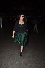 Huma Qureshi snapped at airport on 16th Oct 2016 (16)_5804b9caaa3db.JPG