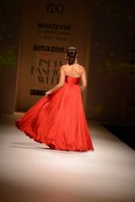 Ileana D Cruz walks for Abhishek Kankaria and shruti Tapuria at amazon day 5 on 16th Oct 2016 (43)_5804c13bd6a8f.jpg