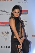 Kiara Advani at Filmfare Glamour & Style Awards 2016 in Mumbai on 15th Oct 2016 (1497)_5804daa264e33.JPG
