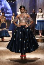 Model walk the ramp for JJ Valaya Show grand finale at amazon India Fashion Week on 16th Oct 2016 (28)_5804c6311dc97.jpg