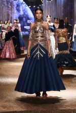 Model walk the ramp for JJ Valaya Show grand finale at amazon India Fashion Week on 16th Oct 2016 (30)_5804c6327c2c1.jpg