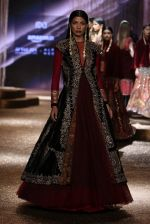 Model walk the ramp for JJ Valaya Show grand finale at amazon India Fashion Week on 16th Oct 2016 (41)_5804c63a8fa47.jpg