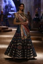 Model walk the ramp for JJ Valaya Show grand finale at amazon India Fashion Week on 16th Oct 2016 (13)_5804c6245e379.jpg