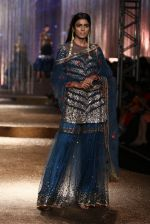 Model walk the ramp for JJ Valaya Show grand finale at amazon India Fashion Week on 16th Oct 2016 (21)_5804c62b009ca.jpg