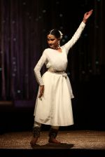 Model walk the ramp for JJ Valaya Show grand finale at amazon India Fashion Week on 16th Oct 2016 (34)_5804c634e70a6.jpg
