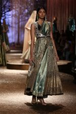 Model walk the ramp for JJ Valaya Show grand finale at amazon India Fashion Week on 16th Oct 2016 (60)_5804c64ab195c.jpg