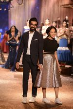 Model walk the ramp for JJ Valaya Show grand finale at amazon India Fashion Week on 16th Oct 2016 (81)_5804c65d7b39e.jpg