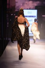 Model walks for Masaba at Amazon India Fashion Week on 15th Oct 2016 (31)_5804a3006186f.jpg