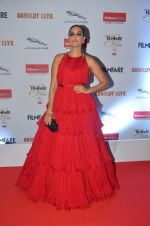 Neha Dhupia at Filmfare Glamour & Style Awards 2016 in Mumbai on 15th Oct 2016 (1217)_5804dad5b2166.JPG