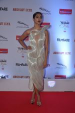 Pooja Hegde at Filmfare Glamour & Style Awards 2016 in Mumbai on 15th Oct 2016 (1840)_5804daf4dd899.JPG