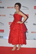 Prachi Desai at Filmfare Glamour & Style Awards 2016 in Mumbai on 15th Oct 2016 (2140)_5804db0259cf1.JPG