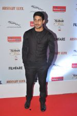 Prateik Babbar at Filmfare Glamour & Style Awards 2016 in Mumbai on 15th Oct 2016 (1227)_5804db7129997.JPG