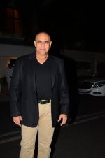 Puneet Issar at Hema Malini_s bday party on 16th Oct 2016 (15)_5804c7dcb7d36.JPG