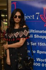 Roshni Chopra at Project 7 exhibition day 2 on 15th Oct 2016 (37)_5804a4db00034.JPG