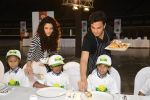 Saiyami Kher and Chef Vikas Khanna for world food day event by smile foundation at Quaker on 16th Oct 2016 (66)_5804c1c397d3e.JPG