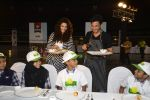 Saiyami Kher and Chef Vikas Khanna for world food day event by smile foundation at Quaker on 16th Oct 2016 (69)_5804c27a51d8b.JPG