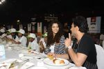 Saiyami Kher and Chef Vikas Khanna for world food day event by smile foundation at Quaker on 16th Oct 2016 (78)_5804c1ca3b880.JPG