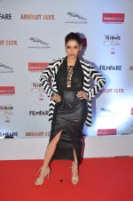 Shalmali Kholgade at Filmfare Glamour & Style Awards 2016 in Mumbai on 15th Oct 2016 (1600)_5804dbb052e10.JPG