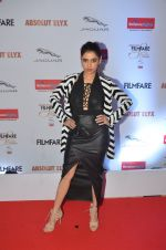 Shalmali Kholgade at Filmfare Glamour & Style Awards 2016 in Mumbai on 15th Oct 2016 (1601)_5804dbb1262e2.JPG