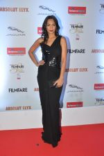 Shamita Singha at Filmfare Glamour & Style Awards 2016 in Mumbai on 15th Oct 2016 (1120)_5804dbb95f9aa.JPG