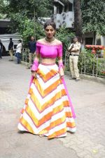 Shilpa Shetty on the sets of Super Dancer on 16th Oct 2016 (72)_5804bf153fb2a.JPG