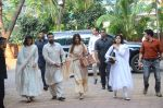 Shilpa Shetty_s father_s chautha on 15th Oct 2016 (9)_5804b76760aa7.JPG