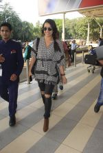 Shraddha Kapoor snapped at airport on 16th Oct 2016 (48)_5804ddea98cfc.JPG