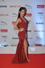 Sonal Chauhan at Filmfare Glamour & Style Awards 2016 in Mumbai on 15th Oct 2016 (1877)_5804dbe25120f.JPG