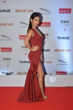 Sonal Chauhan at Filmfare Glamour & Style Awards 2016 in Mumbai on 15th Oct 2016 (1878)_5804dbe307e7e.JPG