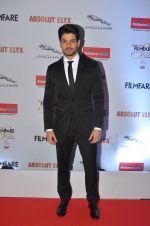 Sooraj Pancholi at Filmfare Glamour & Style Awards 2016 in Mumbai on 15th Oct 2016 (1545)_5804dbf43717a.JPG