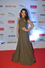Surveen Chawla at Filmfare Glamour & Style Awards 2016 in Mumbai on 15th Oct 2016 (1686)_5804dc1ee27de.JPG