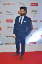 Taaha Shah at Filmfare Glamour & Style Awards 2016 in Mumbai on 15th Oct 2016 (1280)_5804dc3756abe.JPG