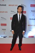 Tiger Shroff at Filmfare Glamour & Style Awards 2016 in Mumbai on 15th Oct 2016 (1535)_5804dc49948ad.JPG
