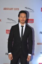 Tiger Shroff at Filmfare Glamour & Style Awards 2016 in Mumbai on 15th Oct 2016 (1537)_5804dc4ae5e63.JPG