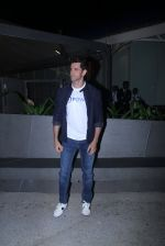 Hrithik Roshan at Mpower launch on 17th Oct 2016 (55)_580621bd657e0.JPG