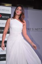 Ileana D_Cruz at Ponds Institute new products launch in four Seasons, Worli on 17th Oct 2016 (106)_580628a51ac68.JPG