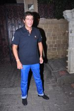 Chunky Pandey celebrate Karva Chauth at Anil Kapoor�s house in Juhu on 19th Oct 2016 (9)_58087008179e7.JPG