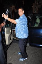 David Dhawan celebrate Karva Chauth at Anil Kapoor�s house in Juhu on 19th Oct 2016 (20)_580870112baec.JPG