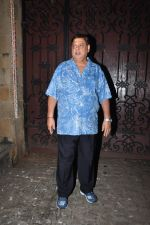 David Dhawan celebrate Karva Chauth at Anil Kapoor�s house in Juhu on 19th Oct 2016 (21)_580870131e0ee.JPG
