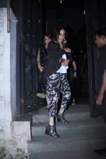 Farah Ali Khan snapped at Korner House on 19th Oct 2016 (122)_58087589d0fd5.JPG