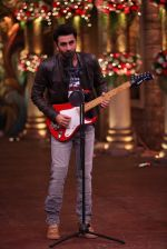 Ranbir Kapoor and Karan Johar at Comedy Nights Bachao on 19th Oct 2016 (11)_5808719c183a1.JPG