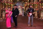 Ranbir Kapoor and Karan Johar at Comedy Nights Bachao on 19th Oct 2016 (13)_580871a053656.JPG