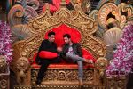 Ranbir Kapoor and Karan Johar at Comedy Nights Bachao on 19th Oct 2016 (2)_58087190990c2.JPG